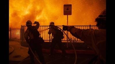 Καίγεται η Καλιφόρνια - Τρεις νεκροί