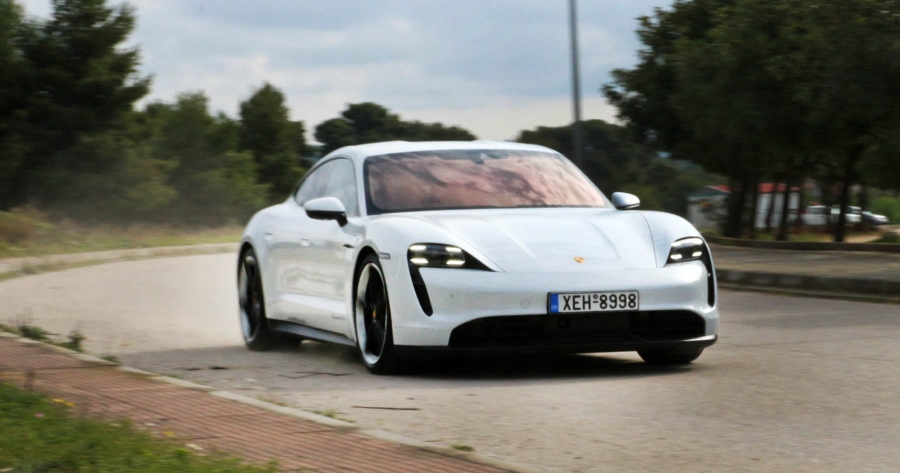 Δοκιμάζουμε την εκπληκτική Porsche Taycan 4S!