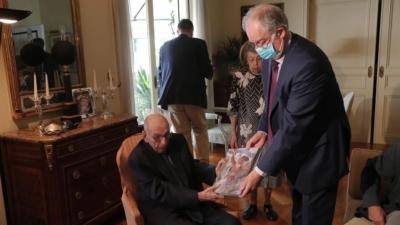 Στη Βουλή δώρισε το χρυσό ρολόι του Ελευθερίου Βενιζέλου ο εγγονός του