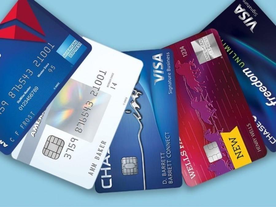 Κομφούζιο από τα στοιχεία της Εθνικής για συναλλαγές με κάρτες που δεν χρεώθηκαν στους πελάτες και την διαφορετική στρατηγική των τραπεζών - Τι απαντά η ΕΤΕ