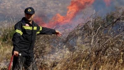 Φωτιά στη Λίμνη Ευβοίας – Εκκενώνονται οικισμοί