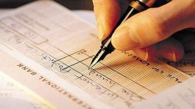 Χάος με τις επιταγές απειλεί και την εφοδιαστική αλυσίδα - Οι τράπεζες αδυνατούν λόγω των πολύπλοκων διαδικασιών