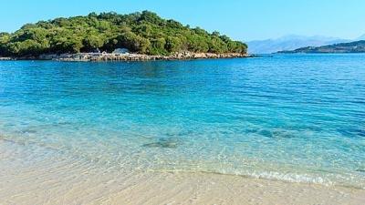 Βρετανία: Κατακόρυφη άνοδος των κρατήσεων για καλοκαιρινές διακοπές στην Ελλάδα