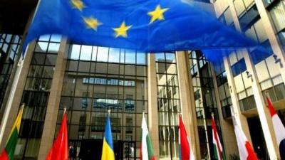 Με τη συμφωνία για το Brexit συνεδριάζουν οι ηγέτες της ΕΕ - Επί τάπητος Τουρκία και προσφυγική κρίση - Διχασμένοι οι Ευρωπαίοι