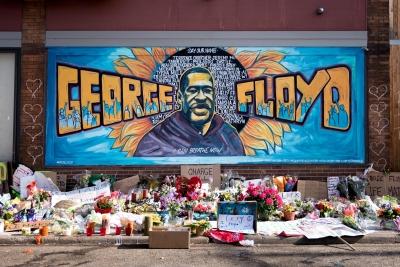 Δικαστική απόφαση ορόσημο στις ΗΠΑ - Ένοχος για τον φόνο Floyd ο πρώην αστυνομικός Derek Chauvin