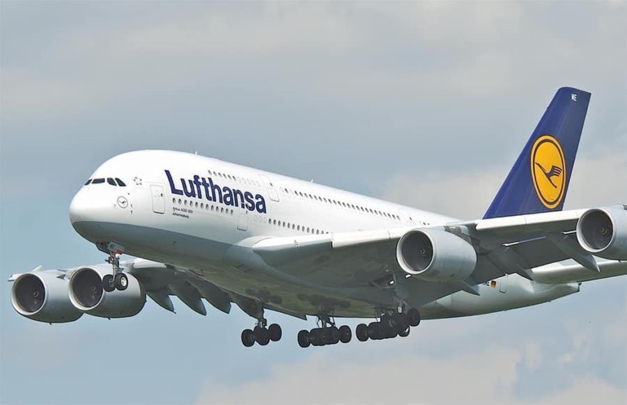 Lufthansa: To σχέδιό μας για τη μεταφορά των εκατομμυρίων δόσεων του εμβολίου