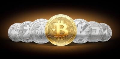 Ελαφρά άνοδος στα ψηφιακά νομίσματα - Δεν ξεπερνά τα 7.000 δολ. το Bitcoin, κάτω από τα 300 δολ. το Ethereum