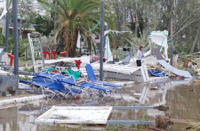 Χαλκιδική: Αγώνας δρόμου για την αποκατάσταση υποδομών και ηλεκτροδότησης - Στους 7 οι νεκροί