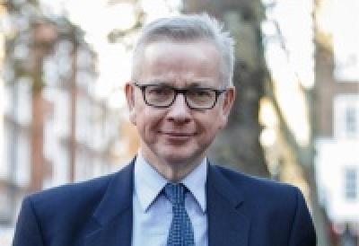 Gove (Βρετανία): Όλος ο μηχανισμός της κυβέρνησης θα εργαστεί στο μέγιστο για ένα Brexit χωρίς συμφωνία