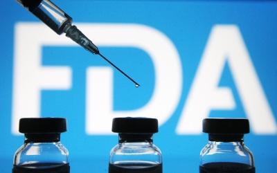 ΗΠΑ: Ναι από FDA σε αναμνηστική δόση με τα εμβόλια των Moderna, Johnson & Johnson