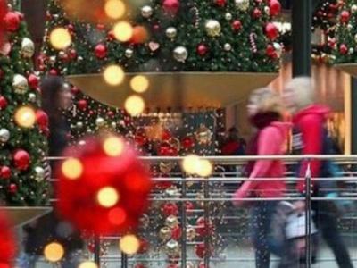 Ανοιχτά έως τις 21:00 σήμερα Παρασκευή 29/12 τα καταστήματα – Αναλυτικά το εορταστικό ωράριο