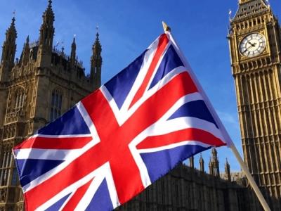 Βρετανία: Εταιρείες, συνδικάτα, επιμελητήρια ζητούν να ξαναρχίσουν τα ταξίδια με τις ΗΠΑ