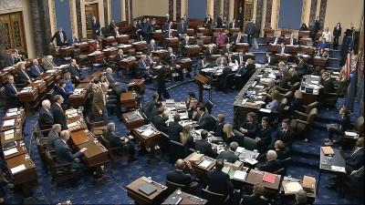 ΗΠΑ: Έκκληση των Δημοκρατικών στη Γερουσία για άμεση ψήφιση του πακέτου μέτρων για την πανδημία