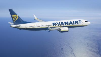 Με απολύσεις απειλεί η Ryanair, αν συνεχιστούν οι απεργίες
