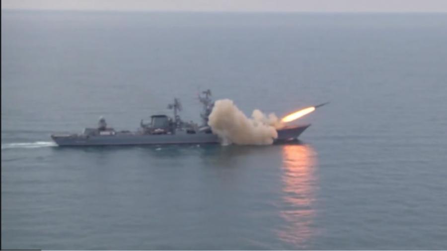 Το ρωσικό πολεμικό ναυτικό εξασκείται στα πλήγματα κατά στόχων στη Μαύρη Θάλασσα - Ουκρανία και ΗΠΑ πραγματοποιούν κοινές ασκήσεις