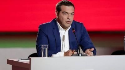 Τσίπρας κατά Μητσοτάκη: Το εργασιακό νομοσχέδιο είναι «γραμμάτιο» στον ΣΕΒ