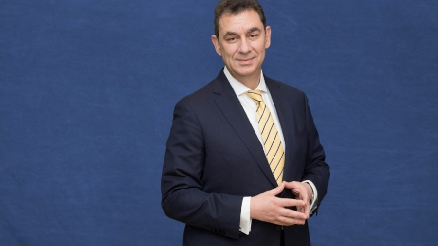 Bourla (Pfizer): Εάν όλα πάνε καλά, έως το τέλος του 2021 θα είναι διαθέσιμο το φάρμακο κατά της covid