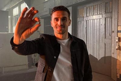 Άγιαξ: Έλιωσε το κύπελλο του πρωταθλήματος για να δώσει αστεράκια στους κατόχους διαρκείας!