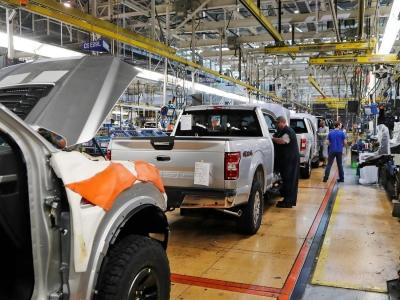 ΗΠΑ: Έκκληση στο Κογκρέσο για επενδύσεις ύψους δισ. δολ στους ημιαγωγούς για την αυτοκινητοβιομηχανία