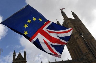 Δημοσκόπηση Sky: Υπέρ ενός Brexit με συμφωνία η πλειοψηφία των Βρετανών