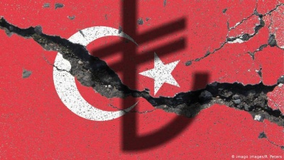 Die Welt: Με νέα κατάρρευση απειλείται η τουρκική λίρα - Πλώρη για νέα ρεκόρ πτώσης