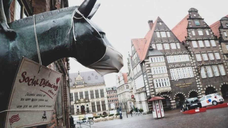 Γερμανία: Το 41% των πολιτών τάσσεται υπέρ της χαλάρωσης των μέτρων τις γιορτές