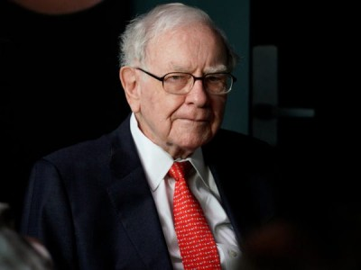 Σε επίπεδα ρεκόρ ο αγαπημένος δείκτης του Warren Buffet - Τι προμηνύει για τις αγορές