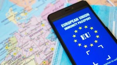 Weber (ΕΛΚ) για πιστοποιητικά εμβολιασμού: Πρέπει να χορηγηθεί το συντομότερο, ομοιόμορφα και ενιαία στην ΕΕ