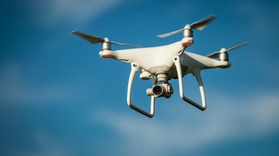 ΑΠΘ και Πανεπιστήμιο Πατρών θα κατασκευάσουν drones με λειτουργία σμήνους