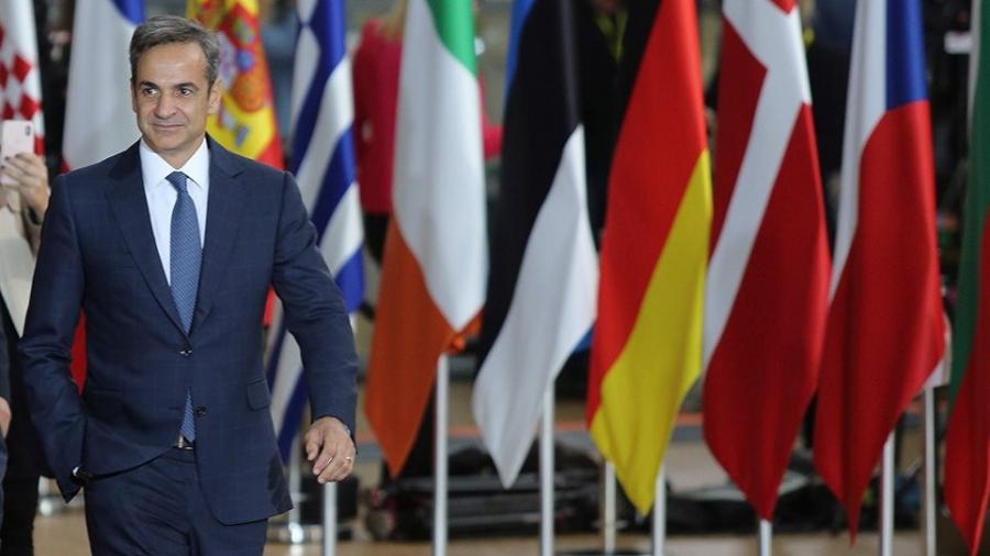 Στις Βρυξέλλες ο Μητσοτάκης για τη Σύνοδο Κορυφής ΕΕ – Στο επίκεντρο πανδημία, οικονομία και ευρω-τουρκικές σχέσεις
