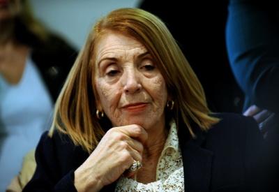 Χριστοδουλοπούλου (ΣΥΡΙΖΑ): Η ΝΔ ενορχηστρώνει τις επιθέσεις, είστε σύγχρονοι κουκουλοφόροι - Οργή Δένδια