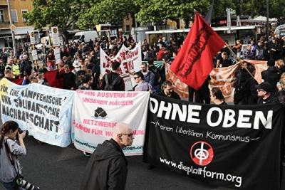 Γερμανία: 240 συλλήψεις και δεκάδες τραυματίες στις διαδηλώσεις για την Εργατική Πρωτομαγιά