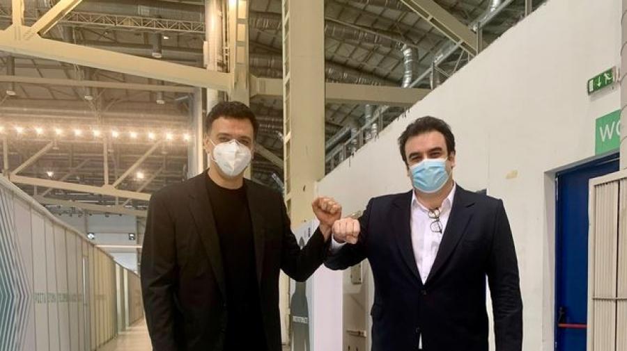 Επίσκεψη Κικίλια και Πιερρακάκη στο Mega εμβολιαστικό κέντρο του Ελληνικού - Υπουργός Υγείας: Τον Απρίλιο 1,5 εκατ. εμβολιασμοί