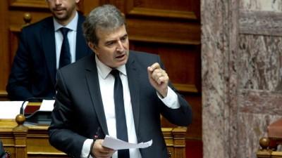 Χρυσοχοΐδης: Δεν θα κυκλοφορεί κανείς μετά τις 22:00 παραμονή και ανήμερα των Χριστουγέννων