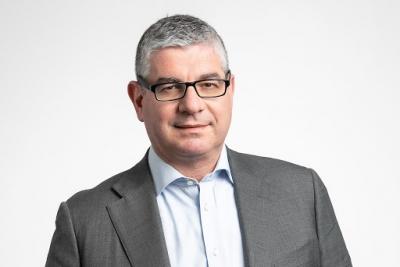 Τσακίρης (Υφυπ. Ανάπτυξης): Θα «πέσουν» πάνω από 140 δισ. ευρώ στην οικονομία την επόμενη πενταετία