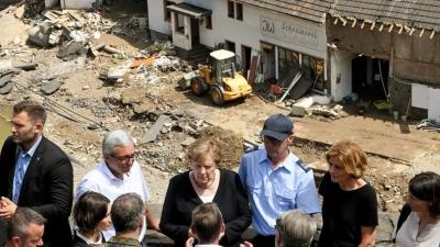 Merkel: Άμεση οικονομική βοήθεια σε στους πλημμυροπαθείς – Τρομακτική η καταστροφή