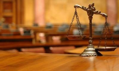 Ομαδικές αγωγές των δικηγόρων κατά της κυβέρνησης για τη λειτουργία των δικαστηρίων