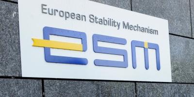 ESM: Εγκρίθηκε επί της αρχής η εκταμίευση των 15 δισ. για την Ελλάδα - Με καθυστέρηση μετά το καψόνι Scholz