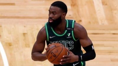 Jaylen Brown: Nέο… θύμα της χειρότερης χρονιάς τραυματισμών στο NBA o superstar των Celtics