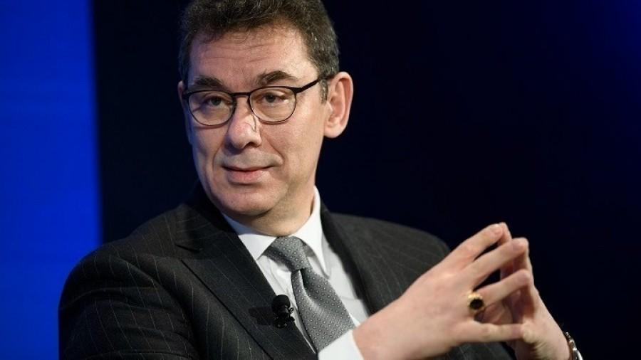 Αλβέρτος Μπουρλά: Ο CEO της Pfizer που ξεκίνησε σαν απλός ιατρικός επισκέπτης στη Θεσσαλονίκη