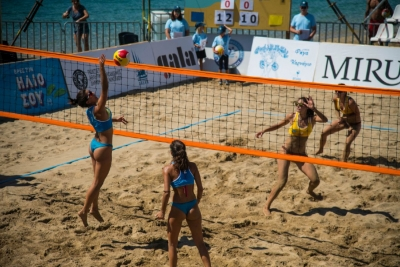 Οι αδερφές Καραγκούνη στον τελικό του Agios Nikolaos Championships