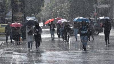 Έντονα καιρικά φαινόμενα με ισχυρές βροχές και καταιγίδες από το βράδυ της Κυριακής (6/12)