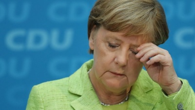 Die Welt: Η Merkel επιστρέφει στο Βερολίνο ταπεινωμένη - Βέλη από ΕΛΚ και SPD