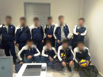 Δέκα Σύροι προσπάθησαν να φύγουν παράνομα από το «Ελ. Βενιζέλος», ντυμένοι ως αθλητές