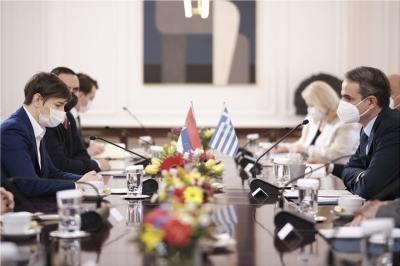 Μητσοτάκης σε πρωθυπουργό Σερβίας: Αναγνωρίζουμε όλα τα εμβόλια που έχετε χορηγήσει