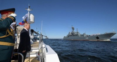 Putin: Το ρωσικό πολεμικό ναυτικό σύντομα θα έχει υπερηχητικά πυρηνικά όπλα