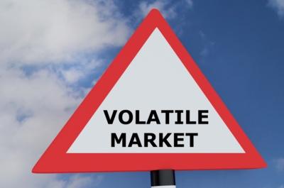 «Άλμα» άνω του 23% στον δείκτη VIX λόγω κλιμάκωσης των εμπορικών εντάσεων - Ξεπέρασε τις 21 μονάδες