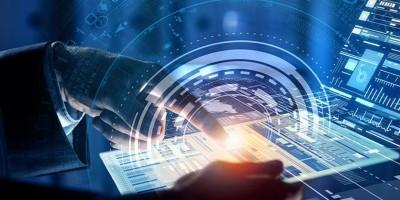 Που… το πάει η πληροφορική – Πληροφορίες για εξαγορές, εισροές κεφαλαίων και νέα έργα ωθούν στα ύψη τις αποτιμήσεις