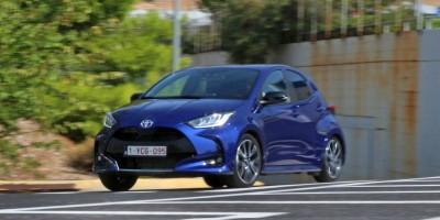 Δοκιμάζουμε τα ολοκαίνουργια Toyota Yaris 1.5 Petrol & 1.5 Hybrid