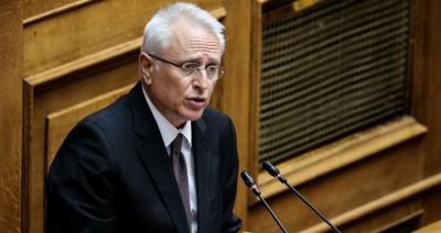 Παρέμβαση ΣΥΡΙΖΑ στη Βουλή: Να κατατεθεί κατεπείγουσα τροπολογία για στέρηση πολιτικών δικαιωμάτων της Χρυσής Αυγής